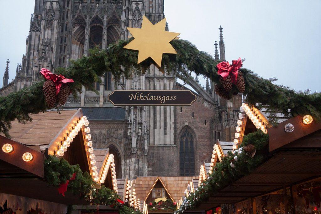 kerstmarkt dom keulen